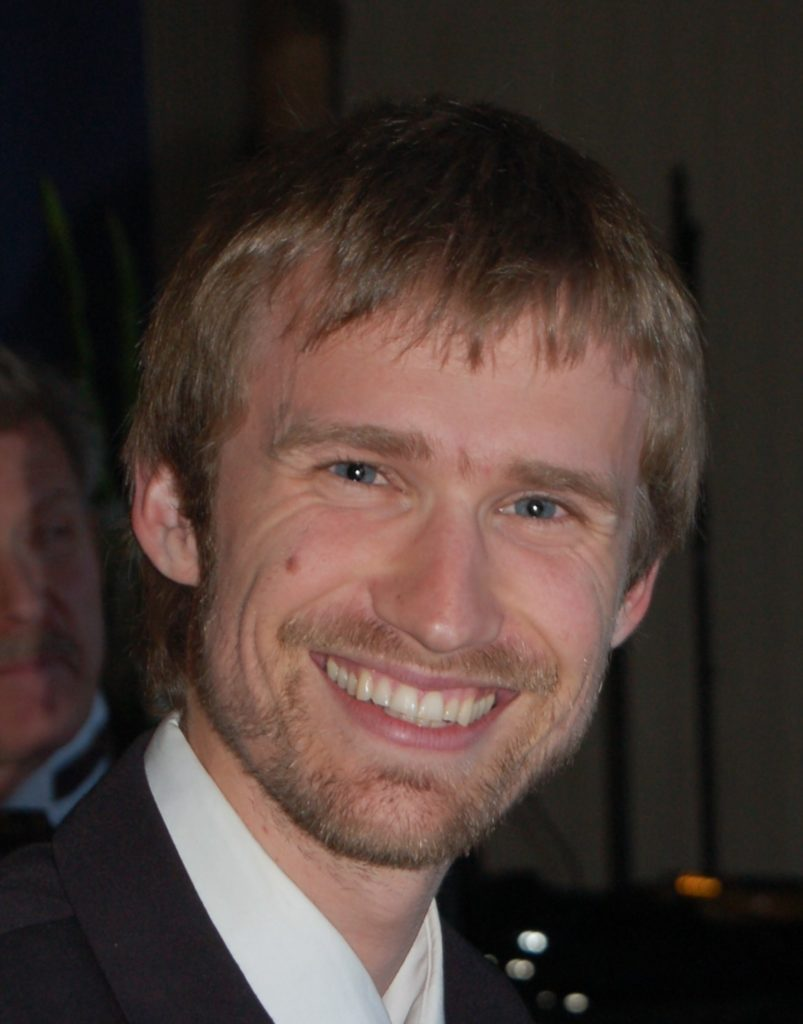 Kreativ motarbeider Arne Gjuvsland